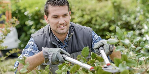 man-landscaping (1)